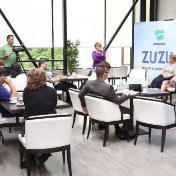 Zuzu lansează bidonul cu mâner, cel mai modern ambalaj din România, 2014